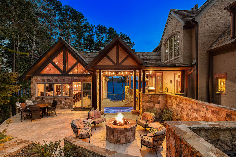 Lake Keowee Home Builders - Hillcrest Homes of Keowee